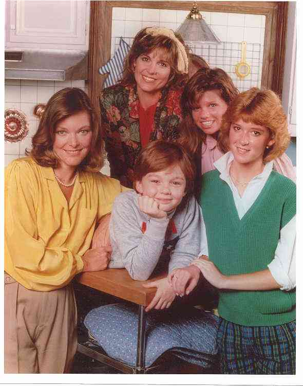Kate and Allie-Cast.jpg