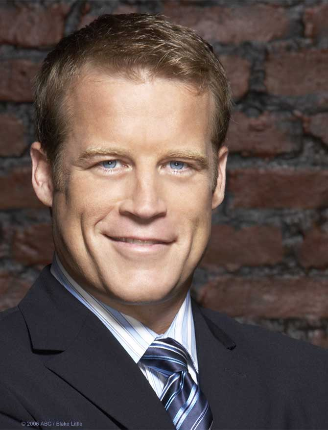 Mark Valley.jpg